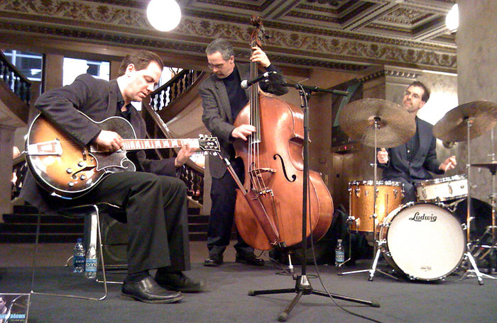 Andy Brown Trio at the Chicago Cultural Center